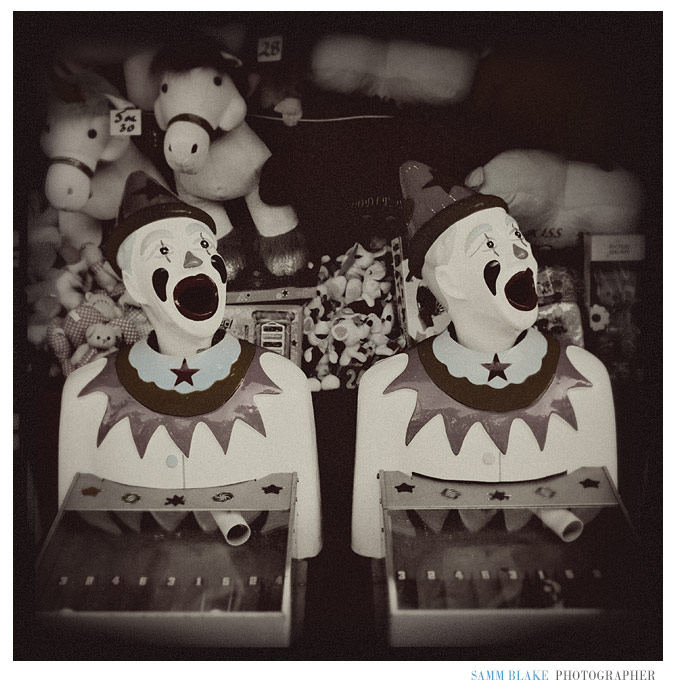royalshow_clowns.jpg
